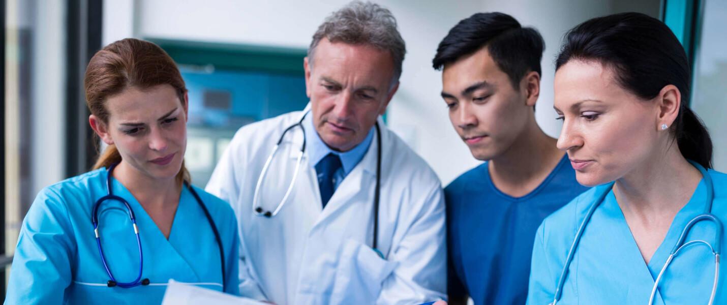 Team von Gesundheitspfleger und Krankenpfleger in Magdeburg